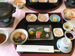 ホテル立山夕食.jpg